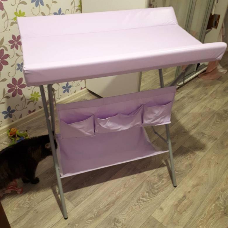 Складной пеленальный столик – удобный вариант для детской