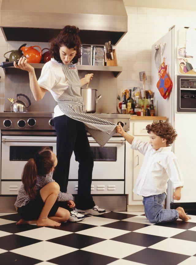 Мужчине на заметку: почему ваша жена устает, когда сидит дома с ребенком