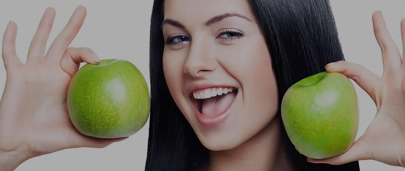 Можно ли зелёные яблоки при грудном вскармливании новорождённого кушать маме