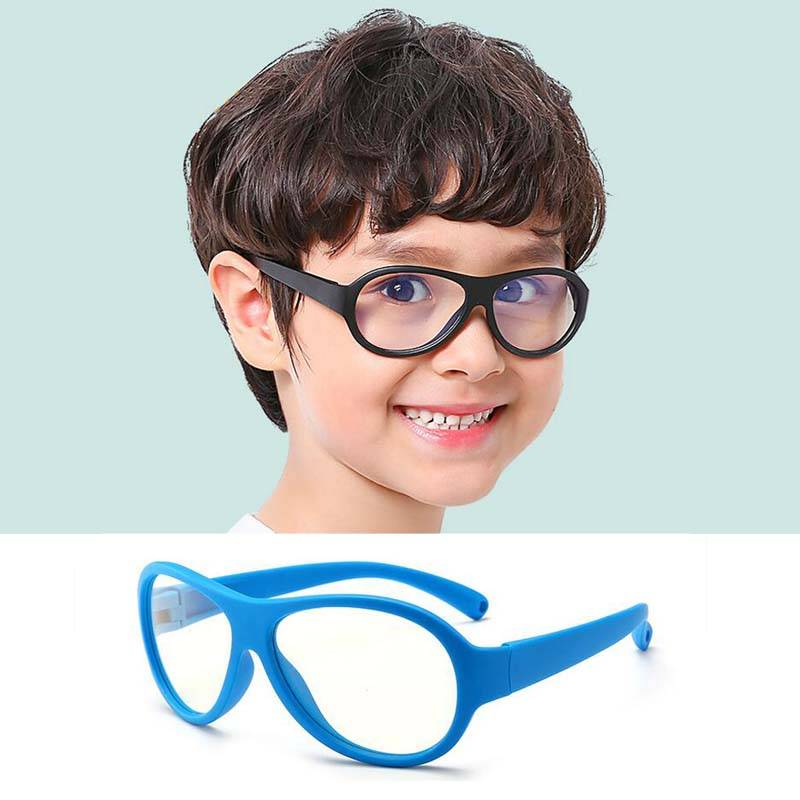 Нужно ли ребенку при близорукости носить очки постоянно?