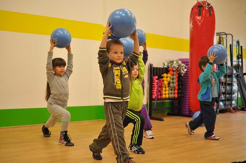 Какой командный спорт выбрать для ребенка - блог decathlon