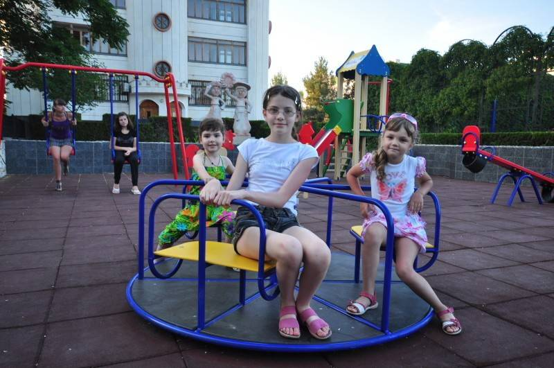 Отдых с детьми в евпатории — пляжи, развлечения, санатории и пансионаты, отели «всё включено»