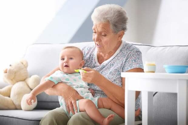 Не обездоливайте бабушек. можно ли доверить внуков старшему поколению? | дети и родители | здоровье | аиф аргументы и факты в беларуси