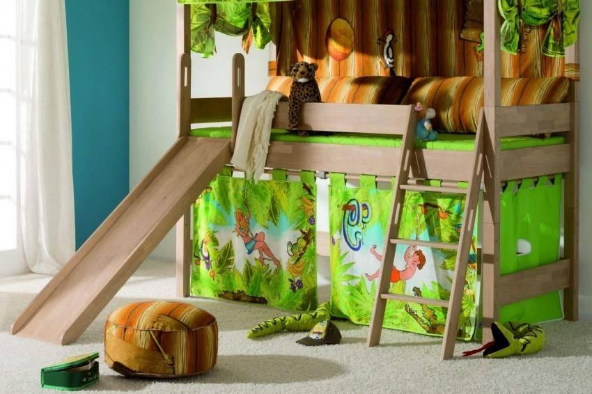 Детские кровати с горкой (37 фото): двухъярусная кровать-чердак для детей