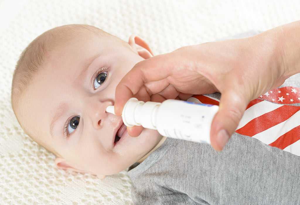 Можно ли делать прививку при насморке ребенку: грудничкам и новорожденным