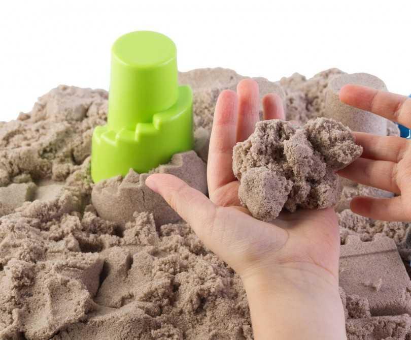 Что такое кинетический песок: состав, плюсы и минусы