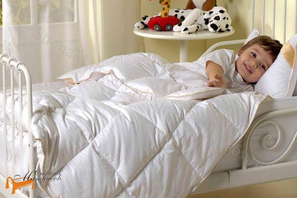Оптимальные размеры детского одеяла и подушки для новорожденных
