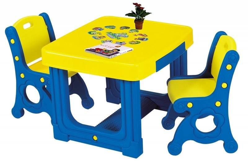 Детский столик со стульчиком (80 фото): выбираем растущий стол и модель-мольберт для ребенка, из пластика и дерева, размеры