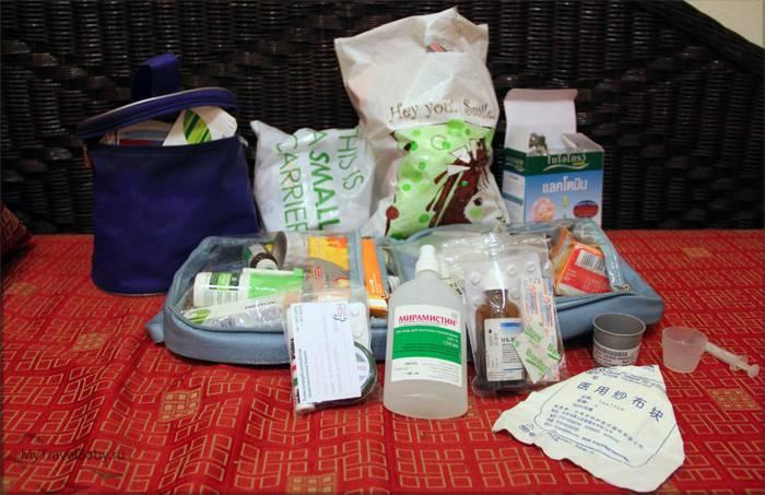 Как собрать аптечку для детей в поездку: советы для родителей
