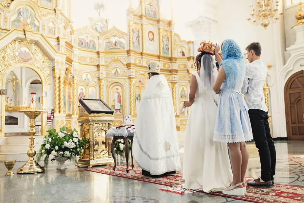 Можно ли беременным ходить в церковь?   правмир