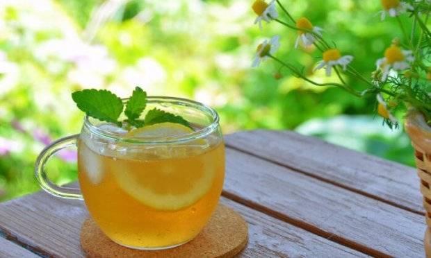 Мятный чай: кому нельзя его пить