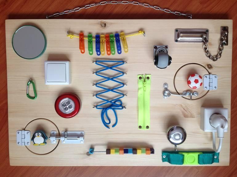Мастерим развивающие игрушки своими руками