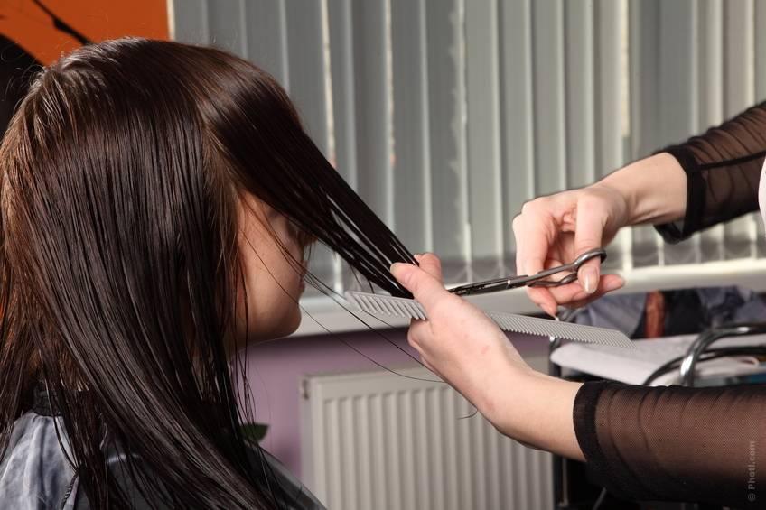 Почему беременным нельзя стричь волосы