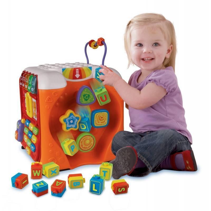 Что подарить ребенку от рождения до 1 года