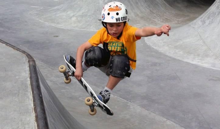 Скейтборд для детей: скейт для начинающих мальчиков и девочек, как выбрать и как кататься