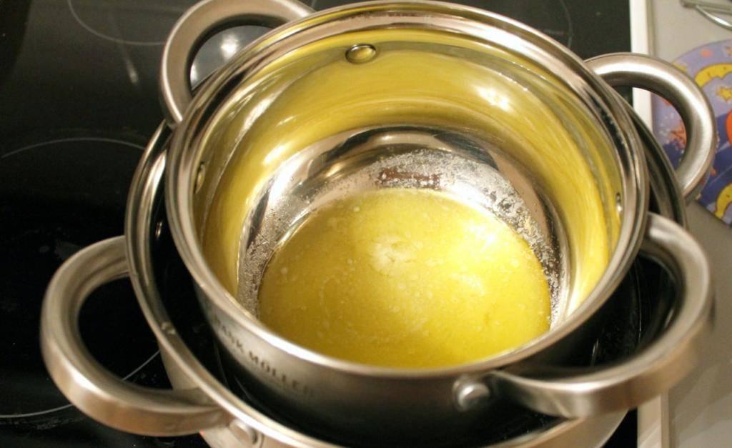 Как простерилизовать масло для новорожденного на водяной бане