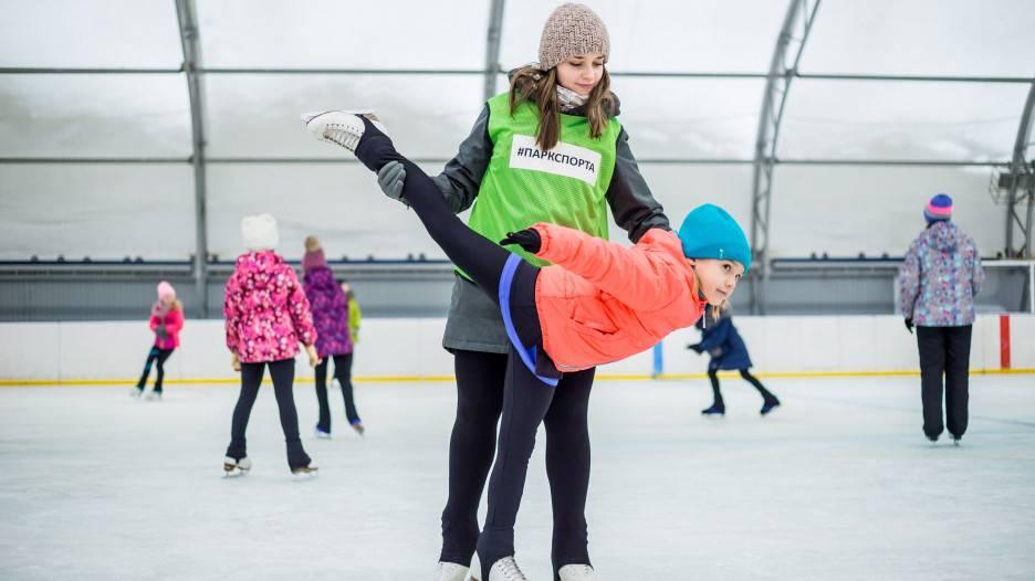 Обучаем ребёнка кататься на коньках