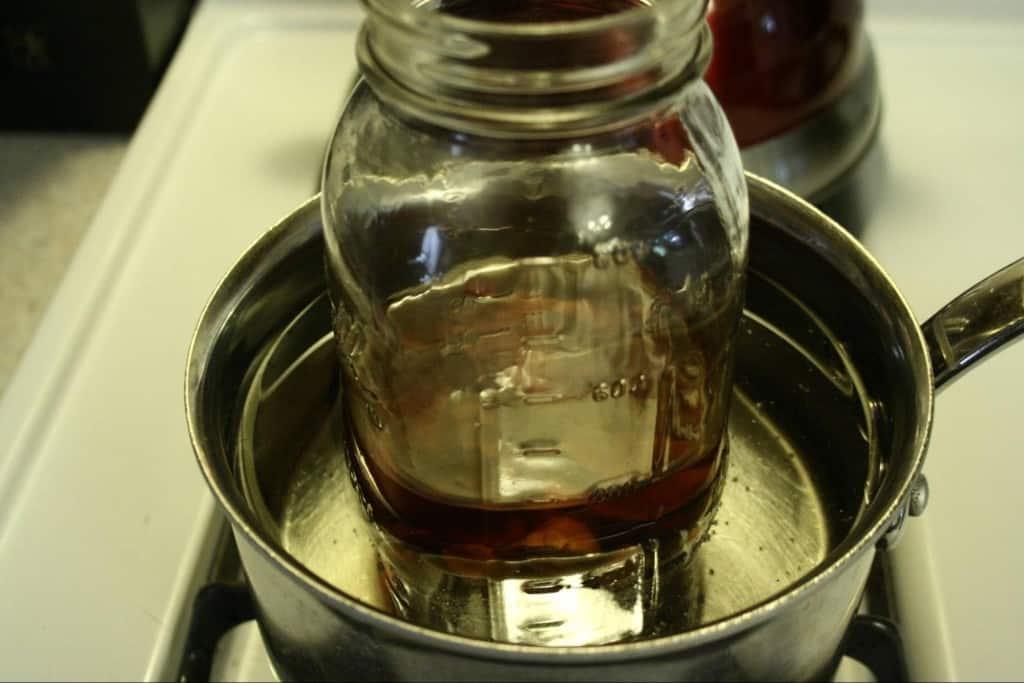 Как прокипятить масло для новорожденного и нужно ли его стерилизовать