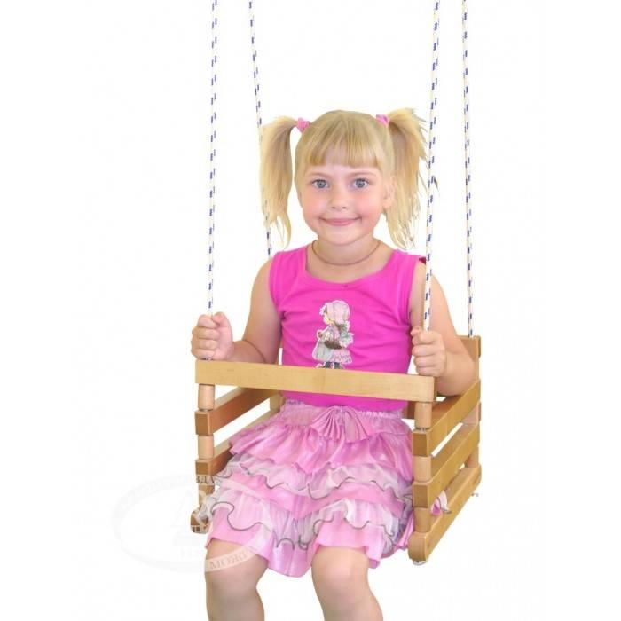 Простой и любимый аттракцион: рейтинг лучших детских подвесных качелей 2020 года
