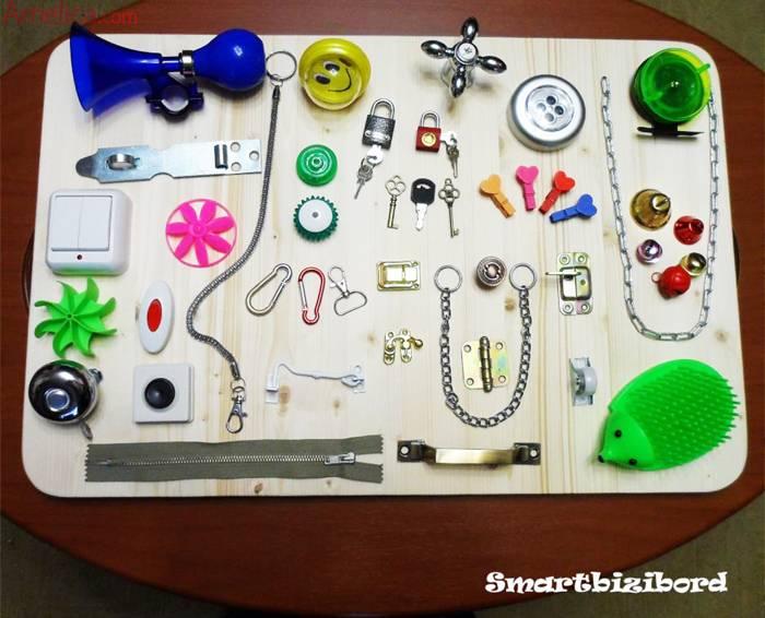 Бизиборд: как сделать развивающую доску своими руками