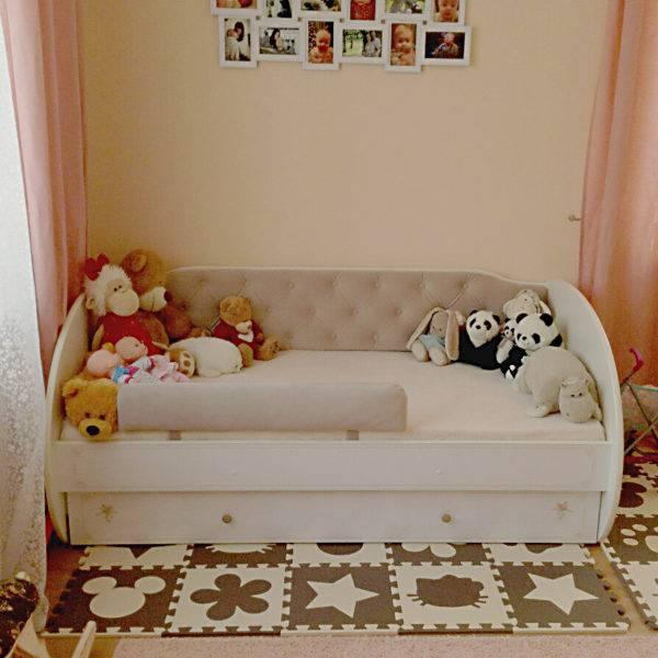 Кроватка для новорожденного (91 фото): детские металлические кровати