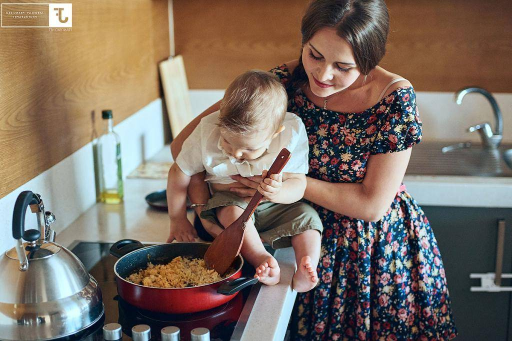 Как молодой маме справиться с ребенком и домашними делами?