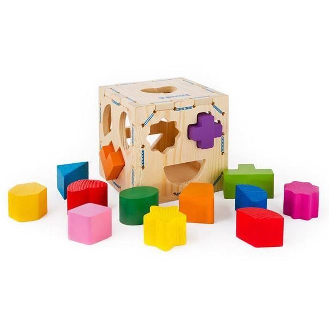 Выбираем сортер в подарок — обзор занятных игрушек для развития малыша