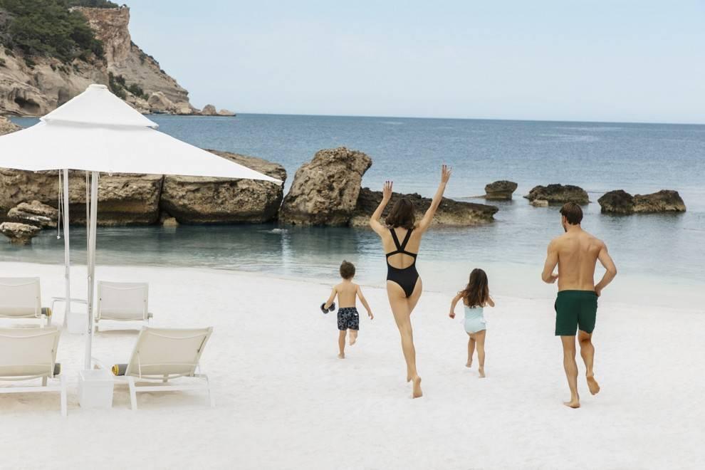 Испания с детьми: куда лучше ехать, описание, достоинства и недостатки курортов