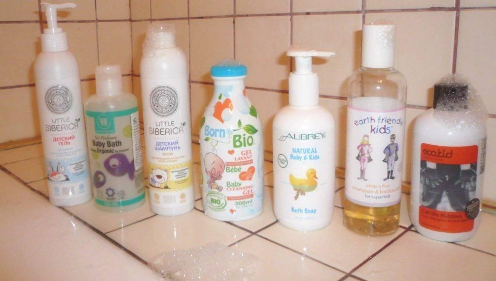 Как когда и чем можно помыть голову малышу
