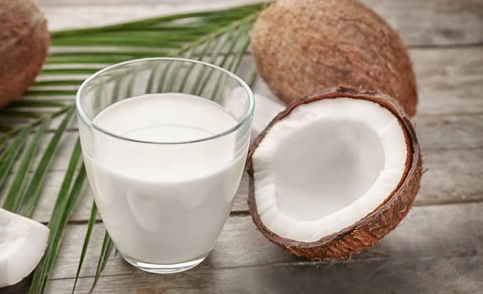 Молоко – можно ли его пить взрослым людям? 8 мифов о молоке