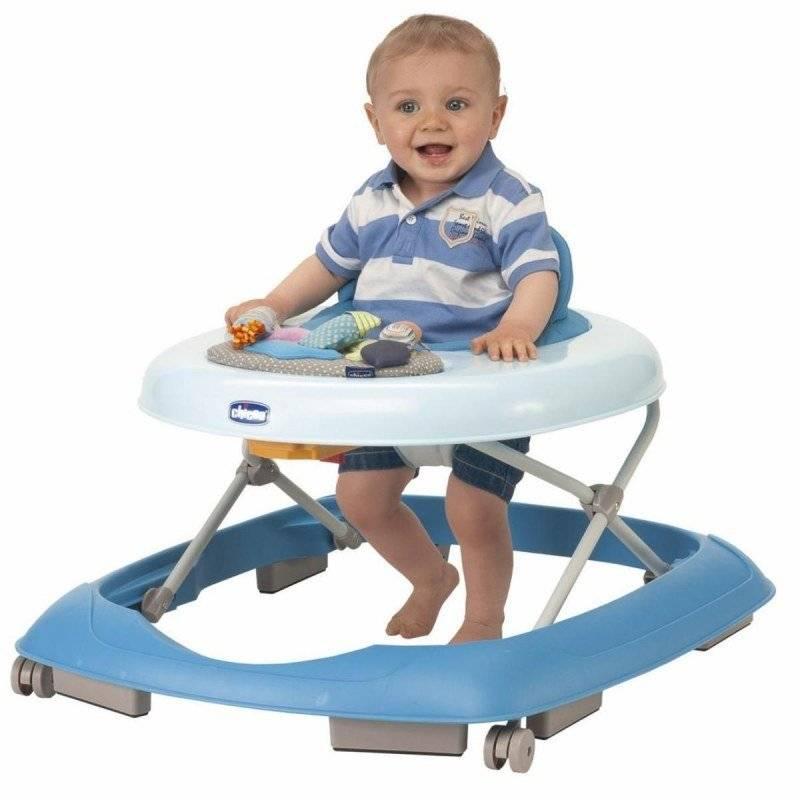 С какого возраста можно сажать ребенка в ходунки, и нужно ли это?