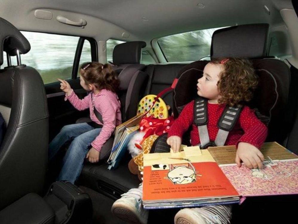 Что взять в дорогу на машине: список необходимых и полезных вещей