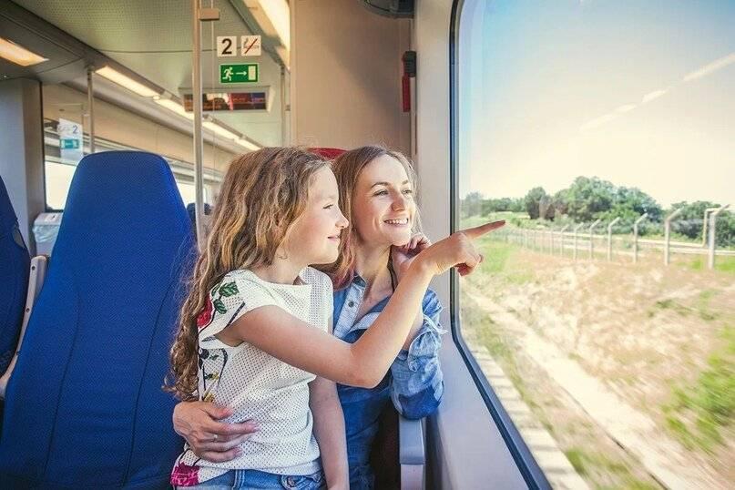 Куда лучше поехать во время путешествия с ребенком на машине, лайфхаки и советы
