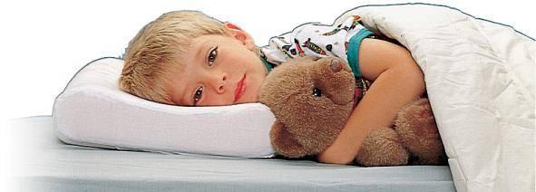 Со скольки ребенку можно спать на подушке