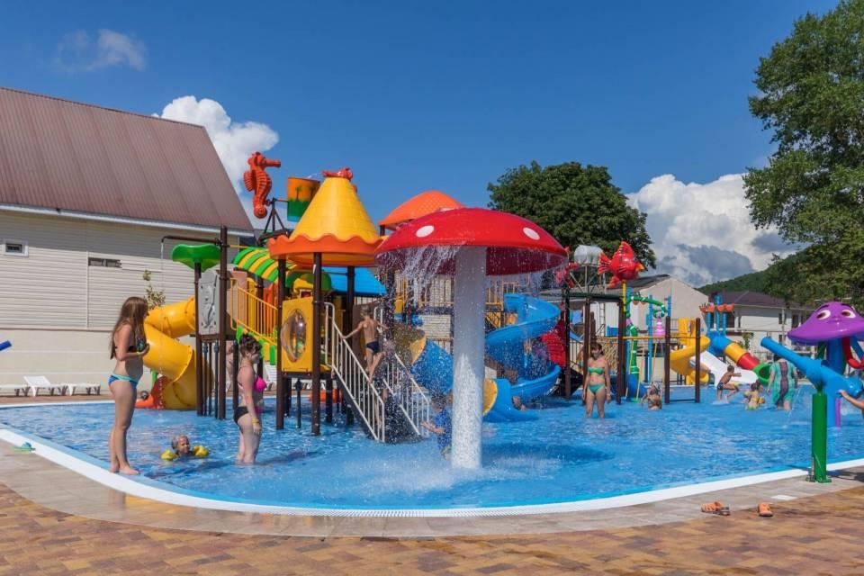 Архипо-осиповка с детьми: отдых на пляже, развлечения, экскурсии