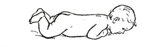 Как научить ребенка держать голову: упражнения для грудничка