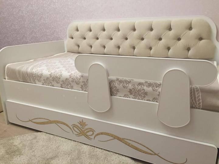Белая детская кровать (30 фото): двухъярусные и обычные модели с ящиками, подростковые и для девочки 3 лет