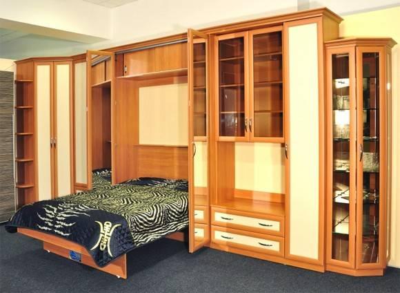 Детские стенки с кроватью (27 фото): спальный гарнитур со шкафом модульный и шведский, механизм опускания передней стенки