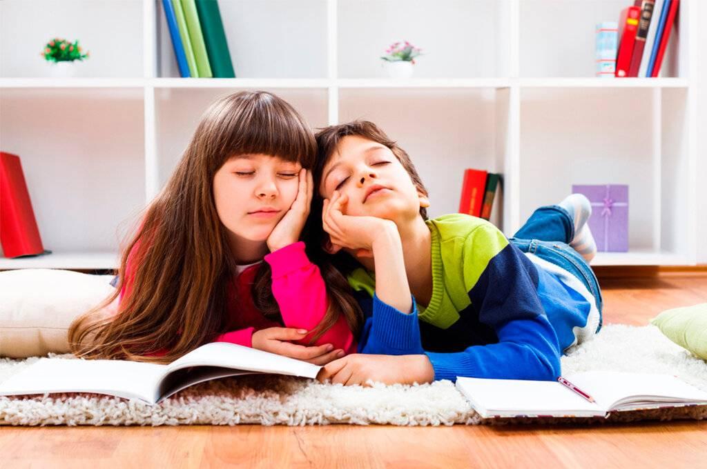 Ленивый ребенок: 5 причин, почему малыш вам не помогает