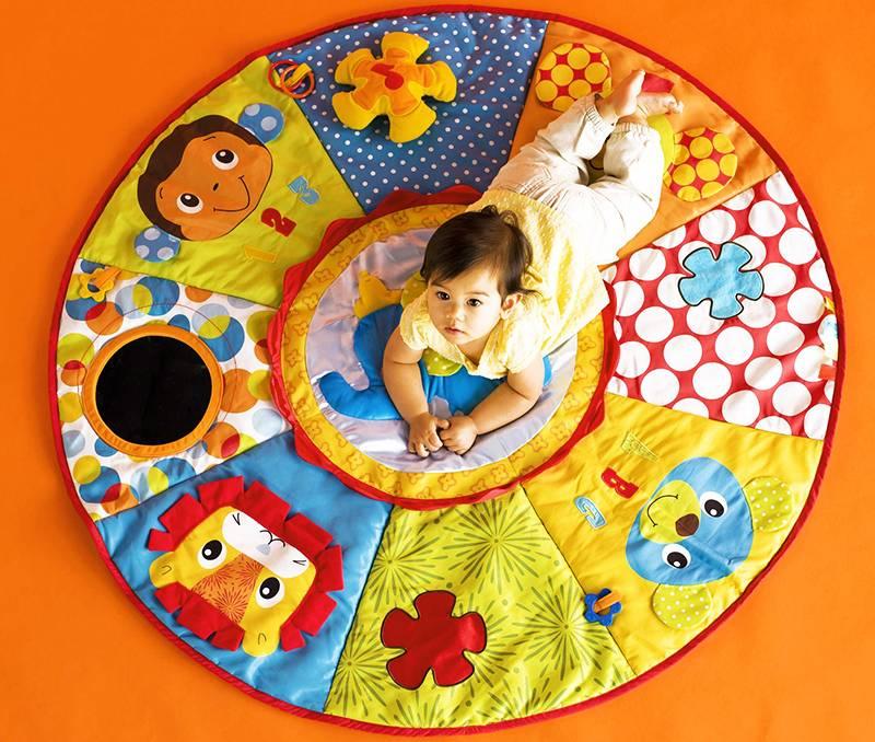 Игровые коврики своими руками. как сшить развивающий коврик малышу: советы и идеи. игры на развивающем коврике