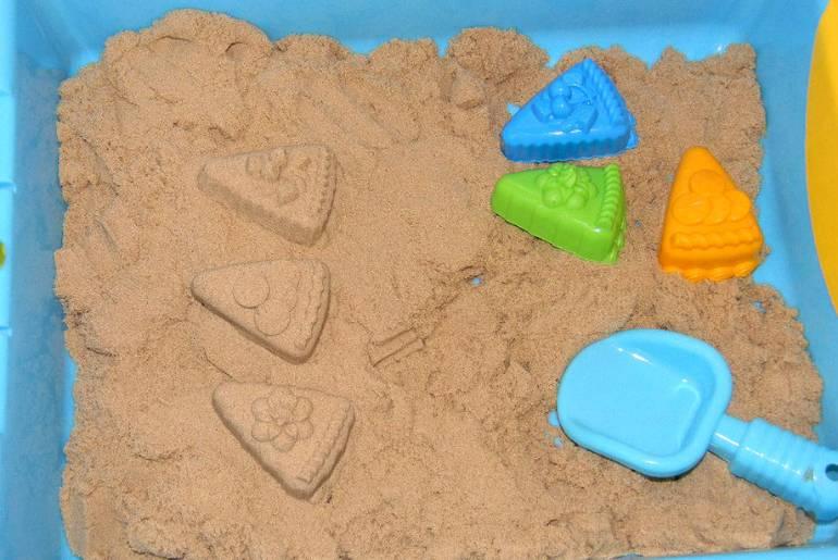 Кинетический песок: что это, детский песок для лепки, с формочками, песочницей