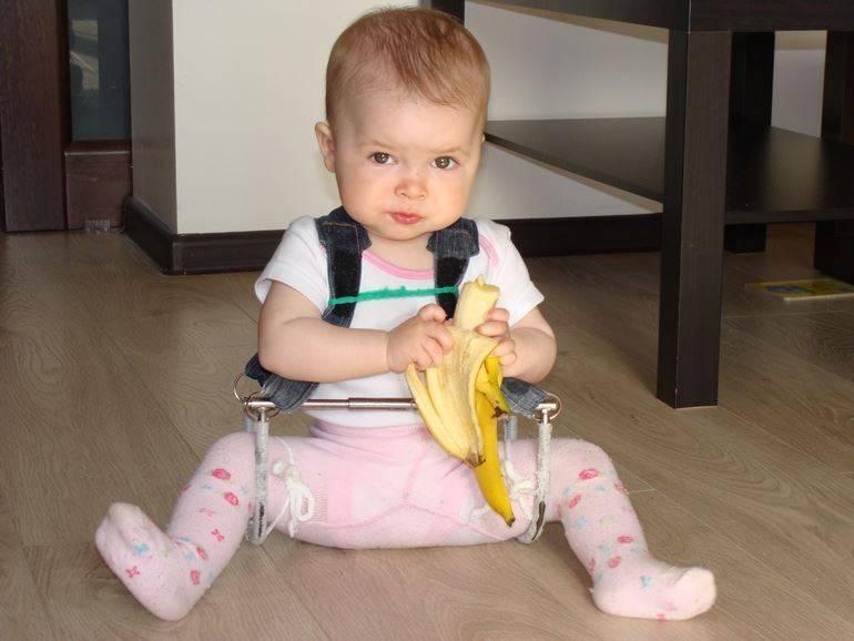 """Неврологическое развитие ребенка первого года жизни. осмотр """"фундаментальный"""""""